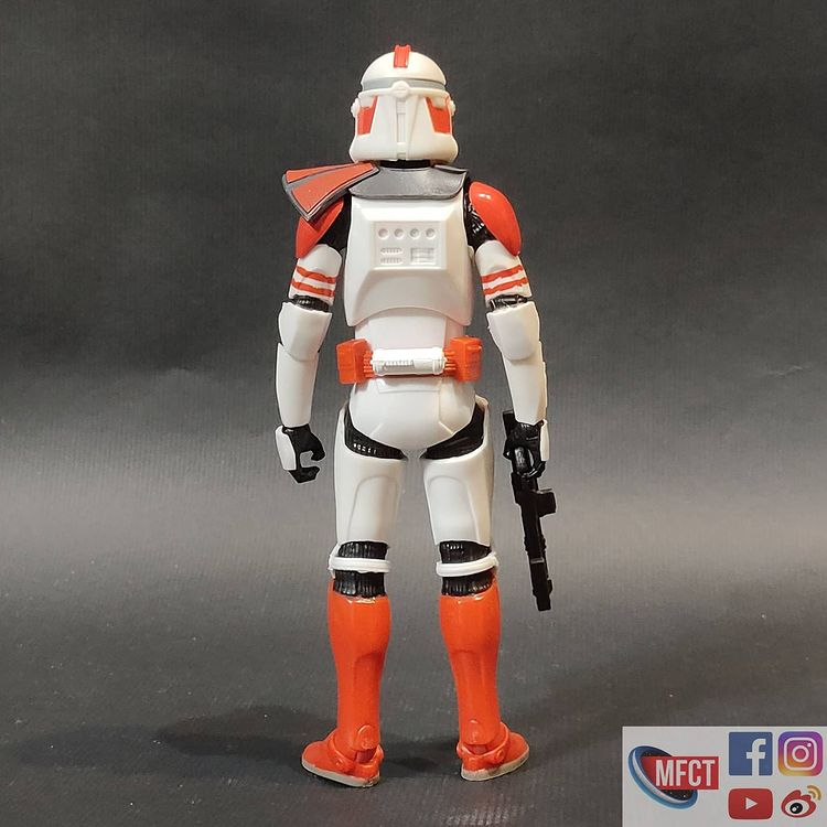 BS-Imperial-Shock-Clone-Trooper-The-Bad-Batch-In-Hand-Loose-4.jpg