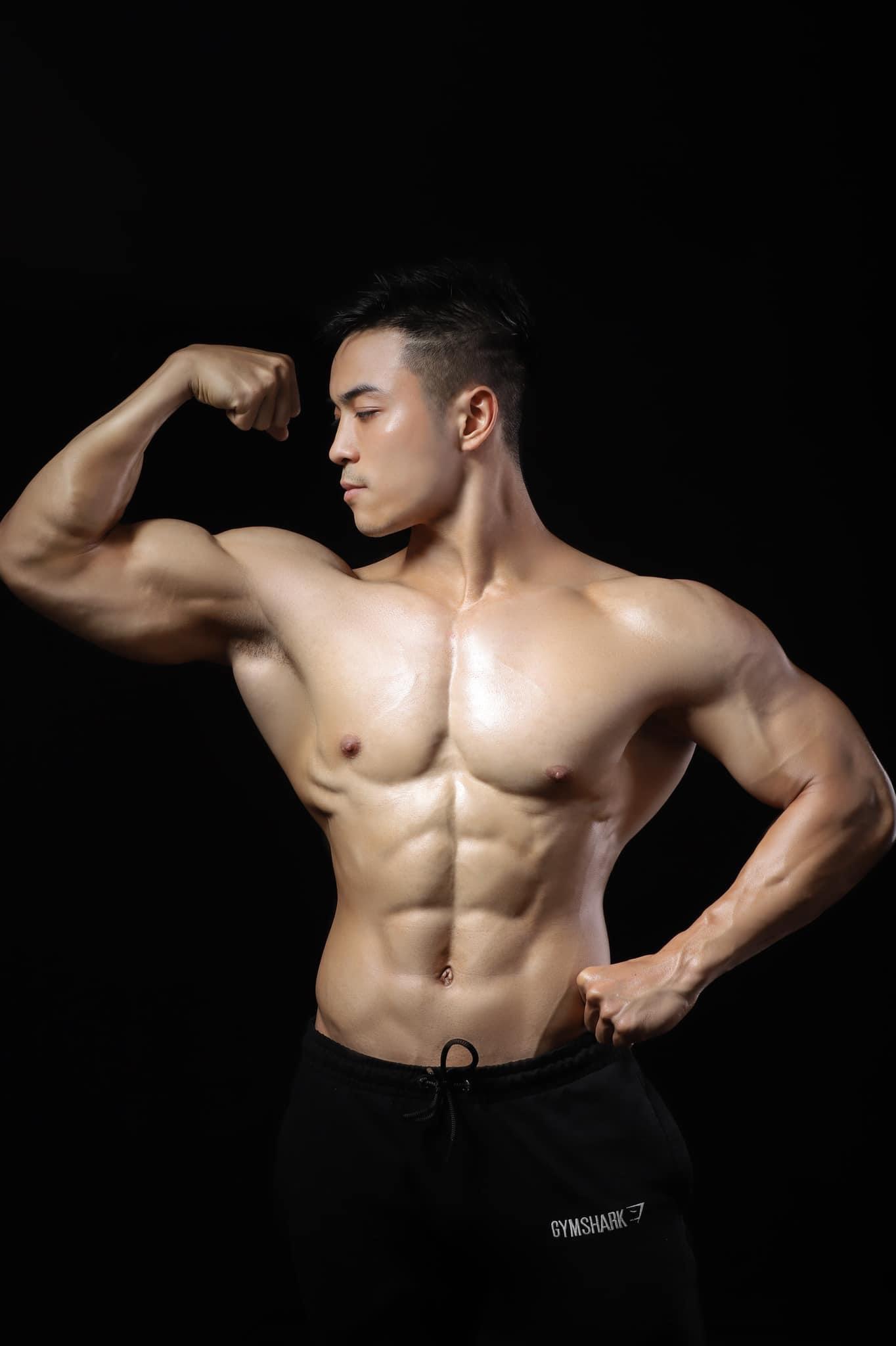 Minh Hiếu (Henry Vinh), zai Bắc đam mê gym, thẳng nha!