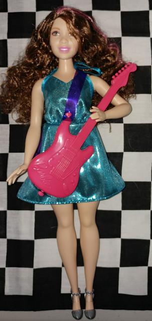 2016-Barbie-Career-Pop-Star