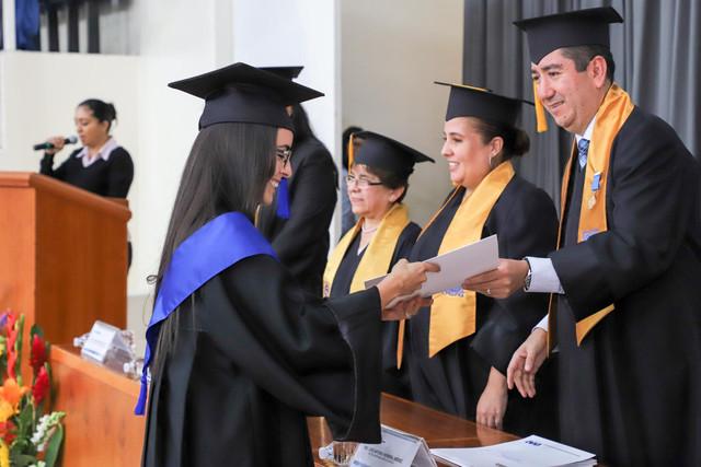 Graduacio-n-Cuatrimestral-27