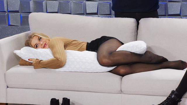 cap-Besserer-Schlaf-mit-Diana-Naborskaia-Bei-PEARL-TV-Oktober-2019-4-K-UHD-00-07-41-18
