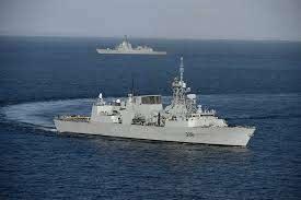 HMCS-WINNIPEG-CANADA