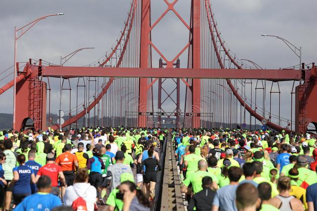 puente-medio-maraton-lisboa-travelmarathon-es