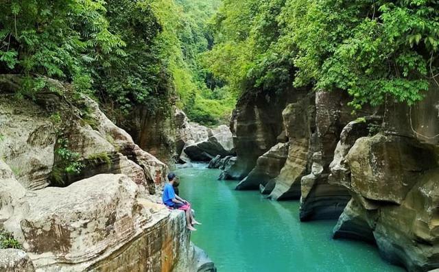 tonjong-canyon-tasikmalaya