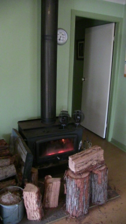 wood-heater-Linstock-House-002-REDUCED.jpg