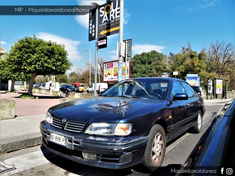 avvistamenti auto storiche - Pagina 14 Nissan-Maxima-V6-2-0-140cv-95-AD888-PS-187-052-2-7-2015