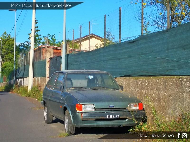 Auto Abbandonate - Pagina 13 Ford-Fiesta-950-44cv-84-CT638981