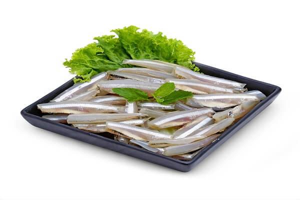 bà bầu ăn cá cơm