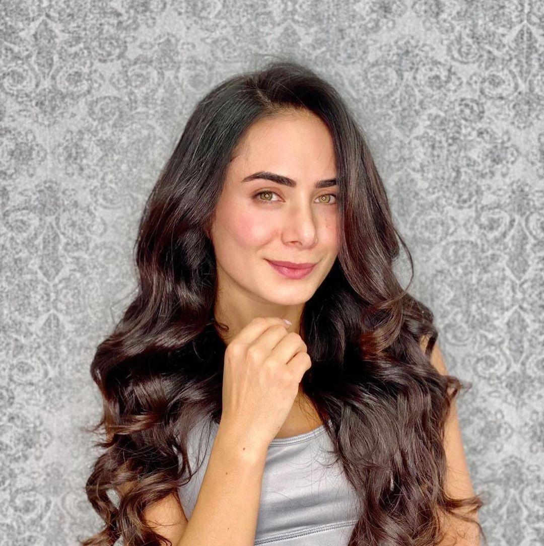 Joha-Fadul-Wallpapers-Insta-Fit-Bio-8