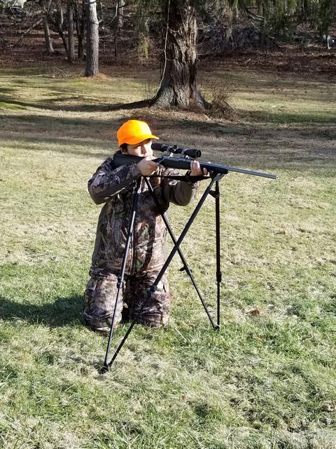 Shooting-kneeling