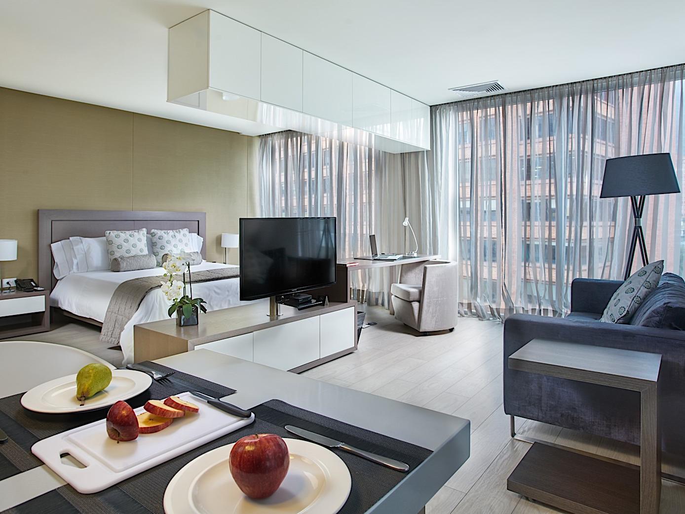 hotel 100 luxury suites bluedoors