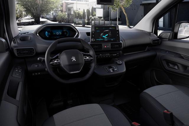 2018 - [Peugeot/Citroën/Opel] Rifter/Berlingo/Combo [K9] - Page 10 C909-A7-CD-E16-D-42-C1-A00-C-44-ADCDD95-D09