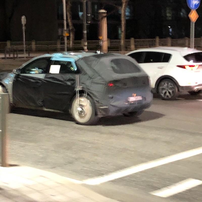 2021 Hyundai EV/45 17