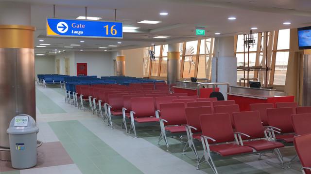 INTOS-Signage-Marking-Signage-waiting-area