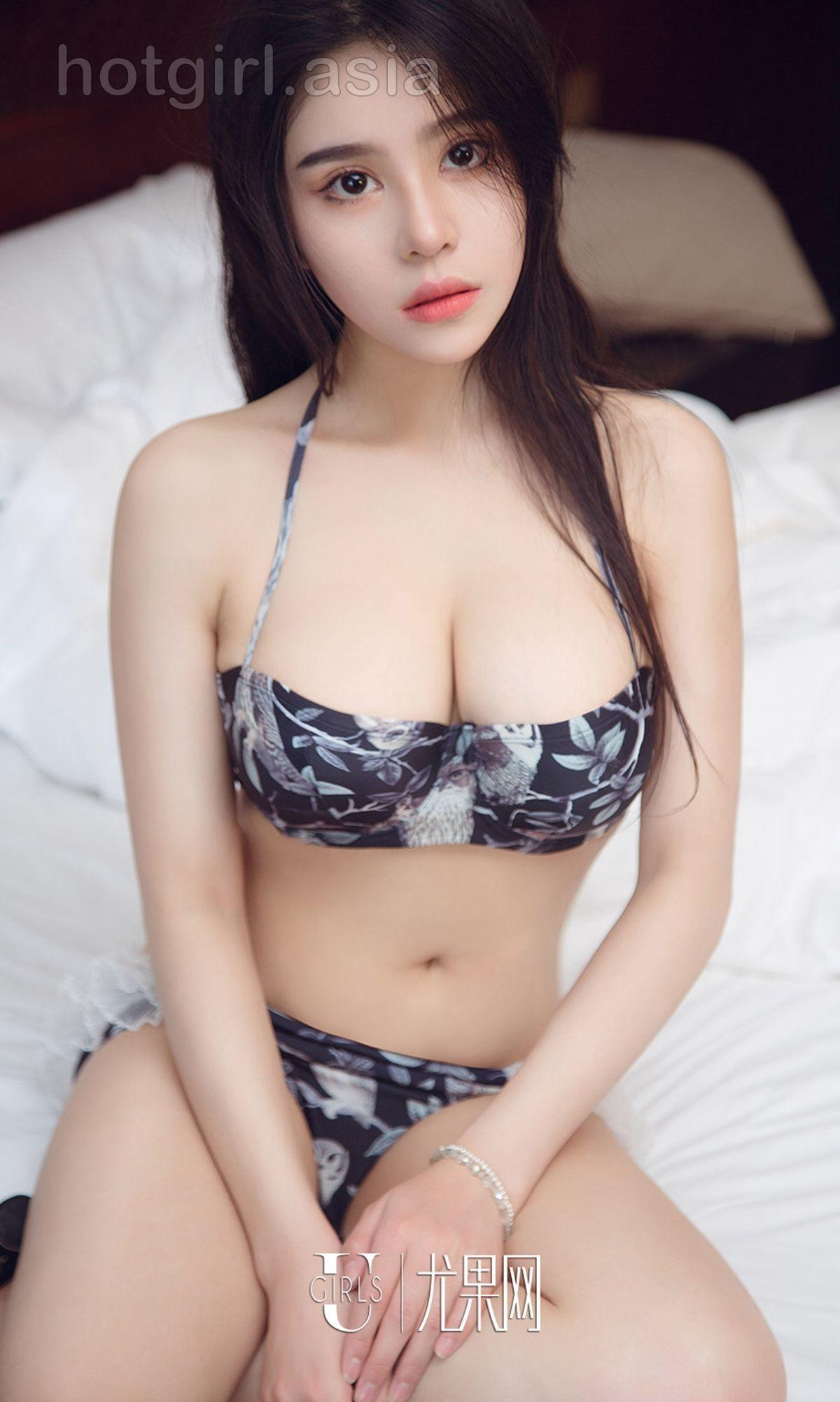 [Ugirls 爱 尤物] No.1295 Pei Yiya-The flowers in the mist are more exciting