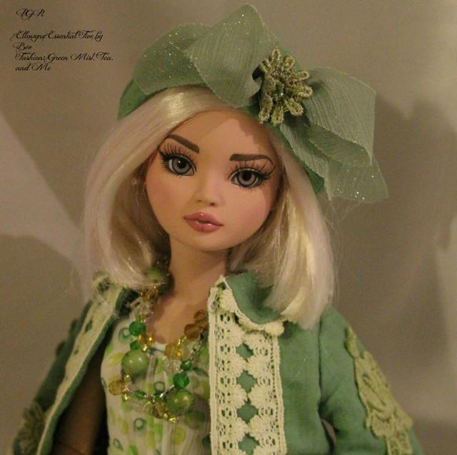 Ello-Plaid-To-Meet-You-Bev-Green-Mist-Tea-and-Me-Angelic-1522f2c-o