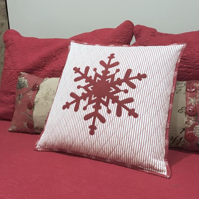 Snowflake Pillow.jpg