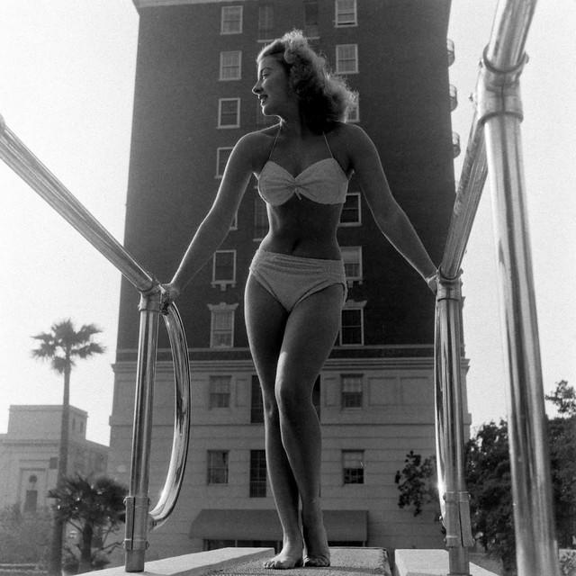 1948-5.jpg