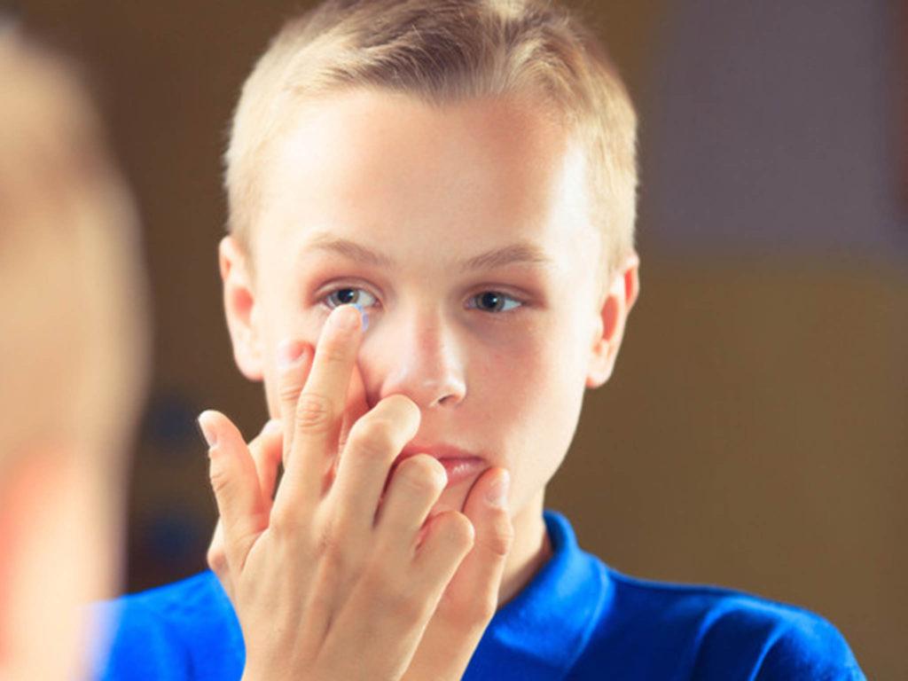 Ребёнок и контактные линзы