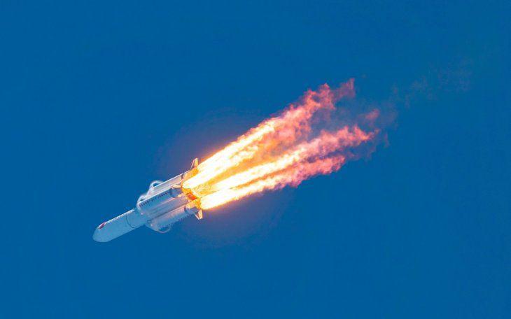 (Vìdeo) Cayó el cohete chino
