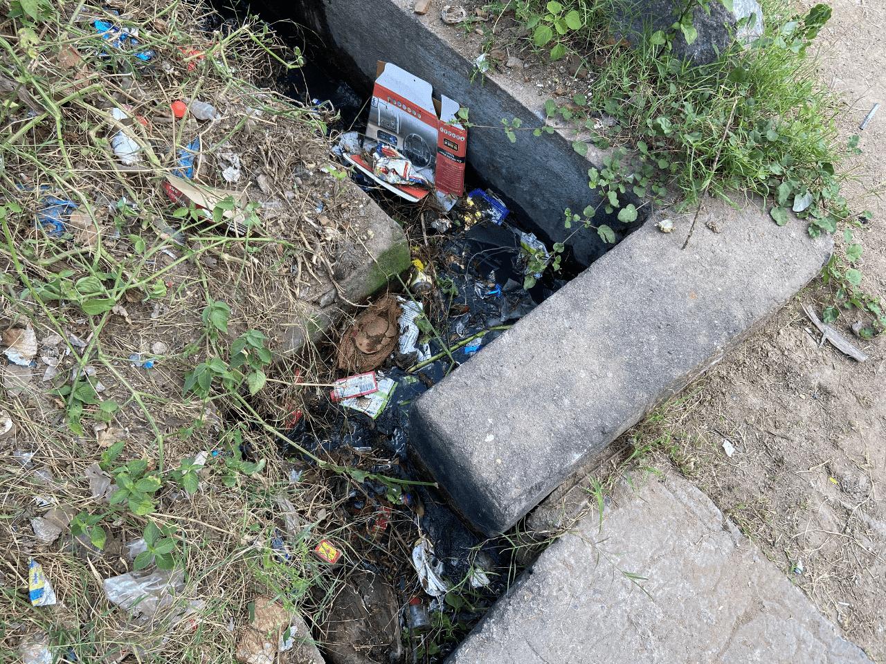 sannathi-street-drainage-blocked