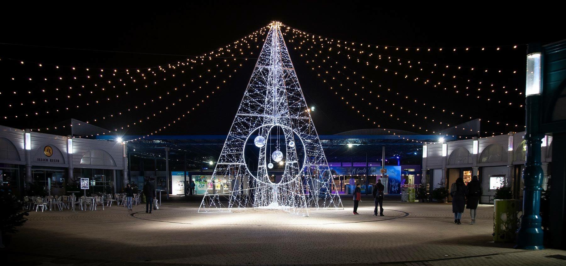 FuturoNoël – Noël 2018 du 22/12 au 06/01/2019 22-A5-C561-F1-D5-4-CA4-86-AC-12-FF192721-FE