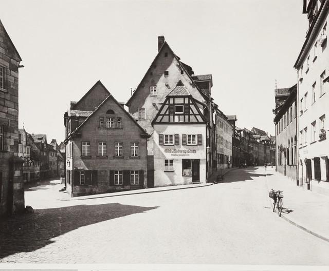 Schmausengasse-23-Rosental-36-34-30-35-Spitzenberg-1-nach-1920.jpg