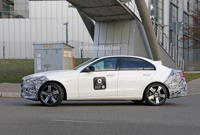 2020 - [Mercedes-Benz] Classe C [W206] - Page 8 6-A872948-21-AC-4778-9-AF5-4-E0593-E3688-D