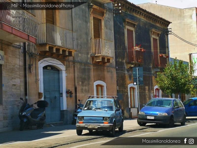 avvistamenti auto storiche - Pagina 23 Fiat-126-650-23cv-86-CT745859-2