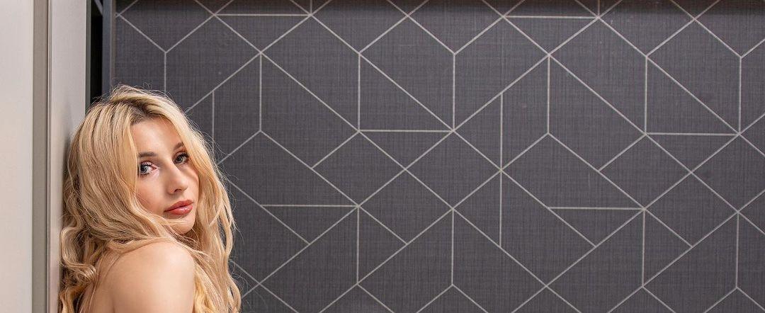 Keyti-Wow-Wallpapers-Insta-Fit-Bio-16