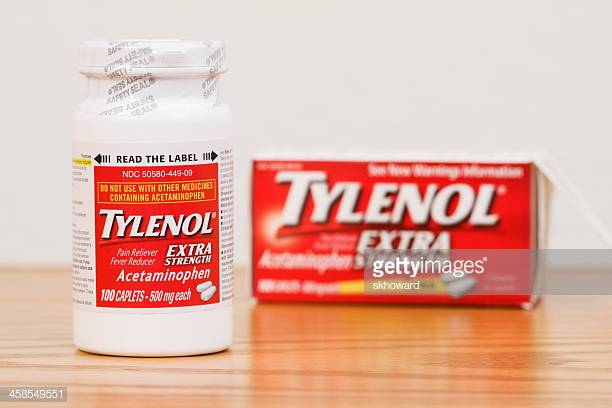 Fosston-USA-February-14-2011-A-new-bottle-of-Extra-Strength-Tylenol-Acetaminophen-Caplets-with-the-S