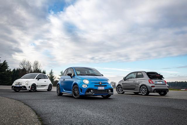 2015 - [Fiat] 500 Restylée - Page 24 B589-D705-D9-EA-4650-A104-DED1-B76-D4-B6-C