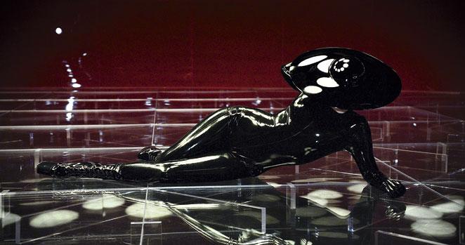 2012-The-Fame-black-latex.jpg