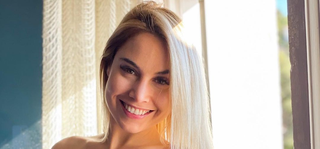 Bianca-Anastasia-Wallpapers-Insta-Fit-Bio-16