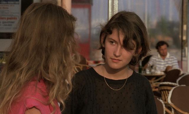A-Nos-Amours-1983-Gaumont-1080p-Blu-Ray-x265-HEVC-FLAC-SARTRE-mkv-snapshot-00-19-32-542