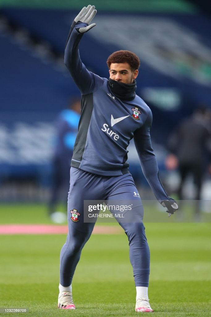 [Image: Southampton-s-English-midfielder-Che-Ada...ll-mat.jpg]