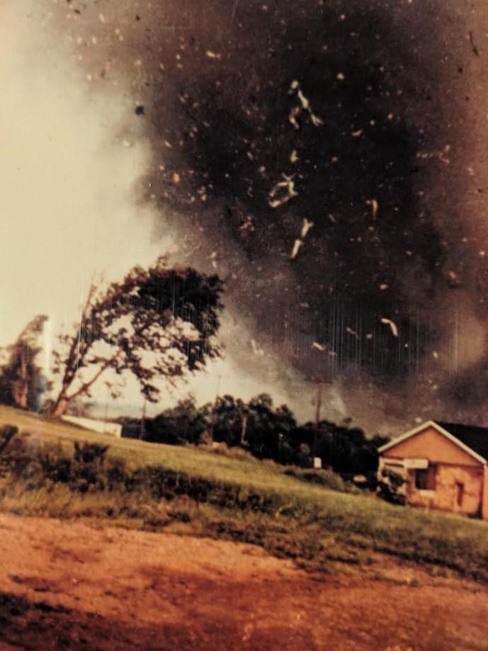 wheatland-tornado-10-mike-sisic.jpg