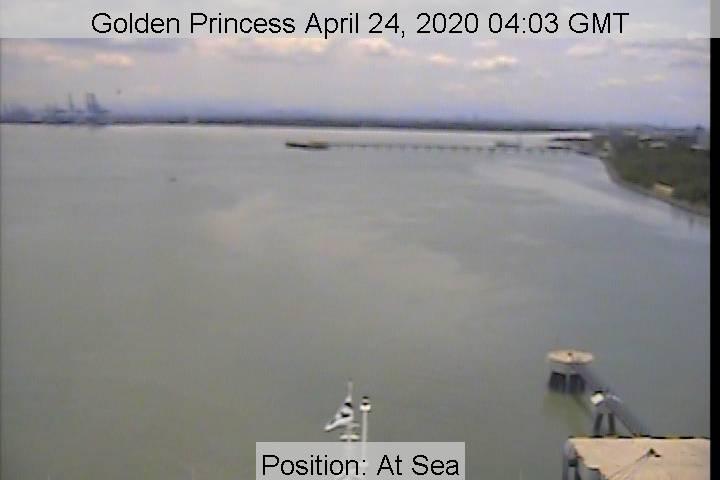 golden-bridge24042020.jpg
