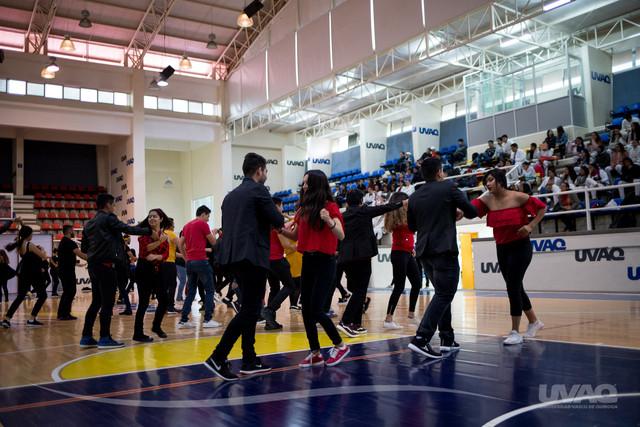 Presentacio-n-talleres-de-danza-IMG-9011