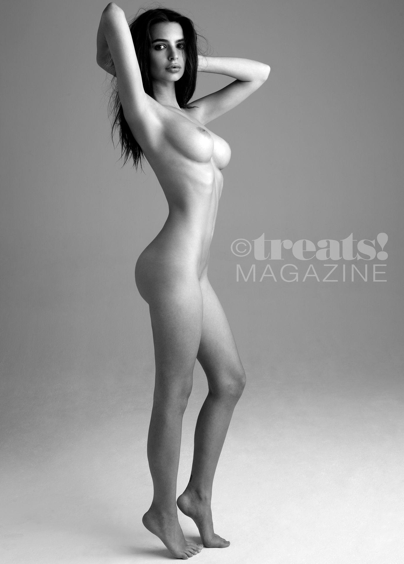 Emily-Ratajkowski-Nude-The-Fappening-Blog-8