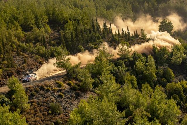 Retour en images sur un week-end exceptionnel pour TOYOTA GAZOO Racing qui remporte les 24 Heures du Mans et le Rallye de Turquie  Wrc-2020-rd-5-075