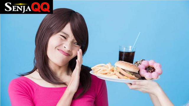 5 Jenis Makanan Berbuka yang Berdampak Buruk Bagi Tubuh