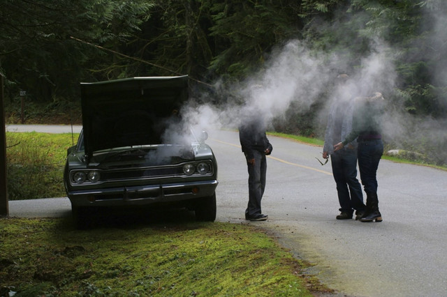 3 Trivial Causes of Smoke Out of the Hood and Solutions