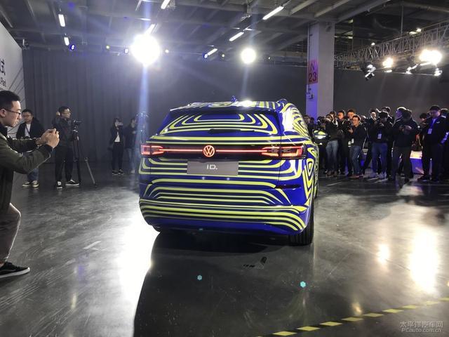 2020 Volkswagen ID.4 11