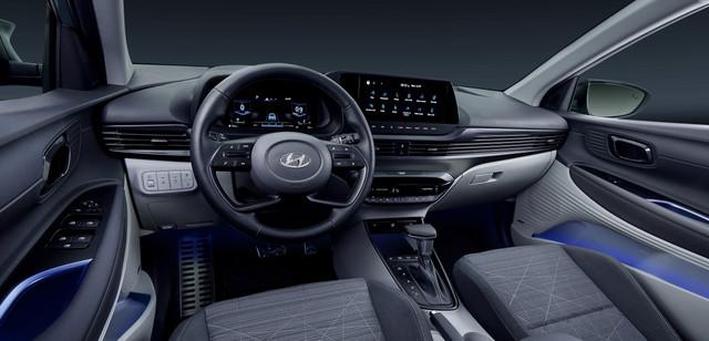Hyundai-Bayon-Studio-Muenchen-Nov-Inerior-01-Crop