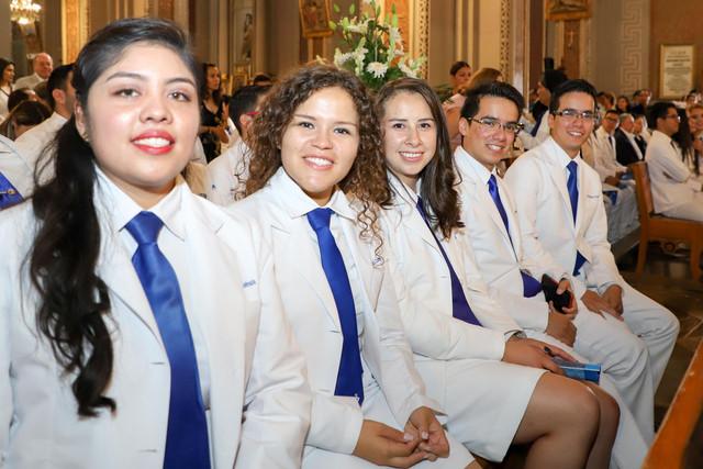 Graduacio-n-Medicina-24
