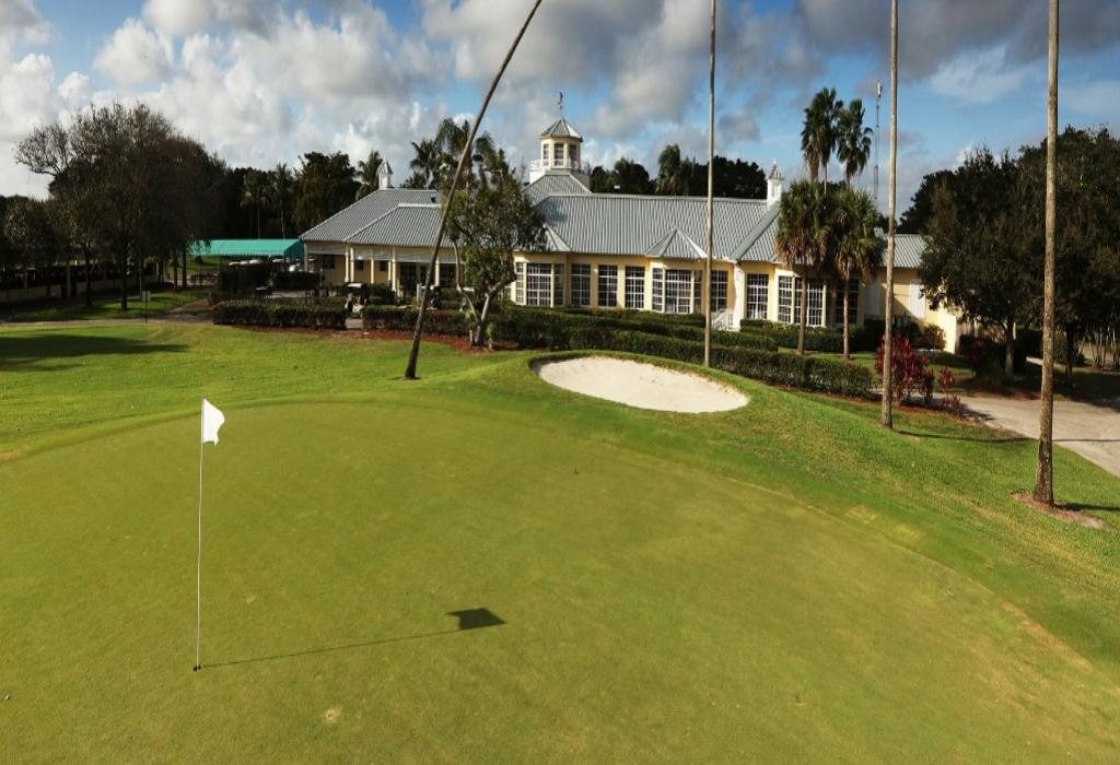 Majestic Sports Jersey Golf Center