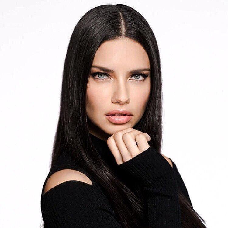 Adriana-Lima-6