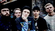 FB NECK DEEP