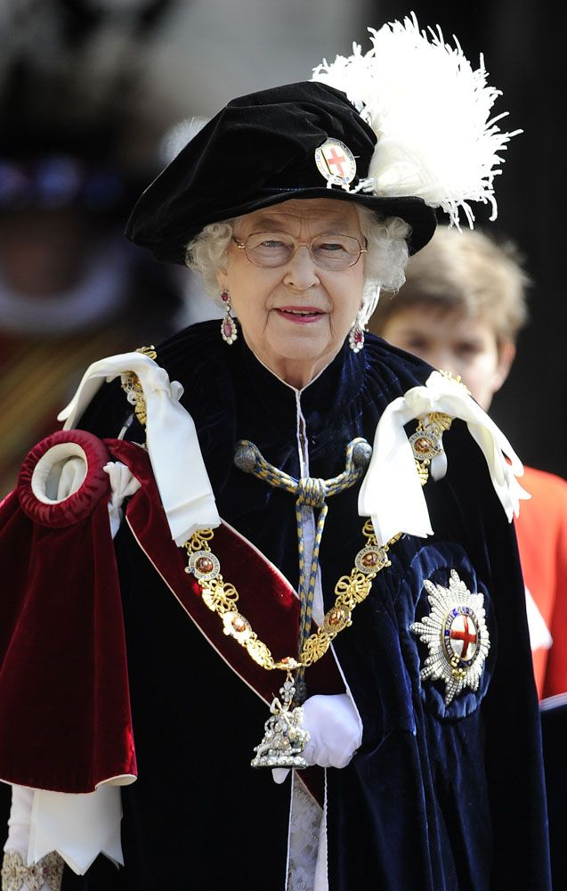 WINDSOR-ENGLAND-JUNE-18-Queen-ELizabeth-II-attends-the-annual-Order-of-the-Garter-Service-at-St-Geor.jpg